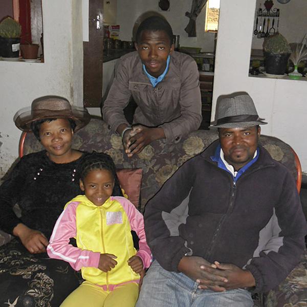 fieck family on hanglip farm